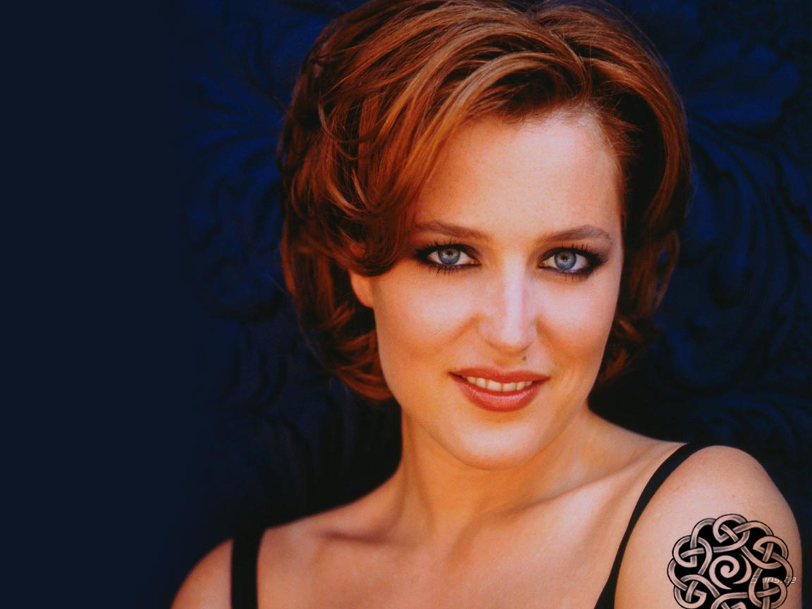 Gillian Anderson - Wallpaper